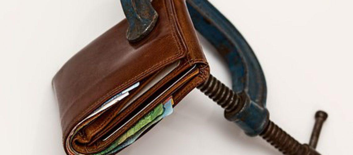 credit-squeeze-522549__340